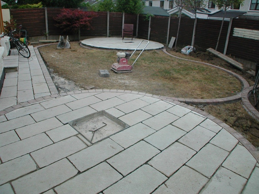 Limestone circle & recessed manhole