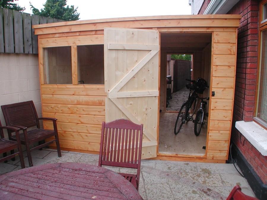 Custom built shed double door divide